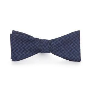 Blue Houndstooth Wool Bowtie